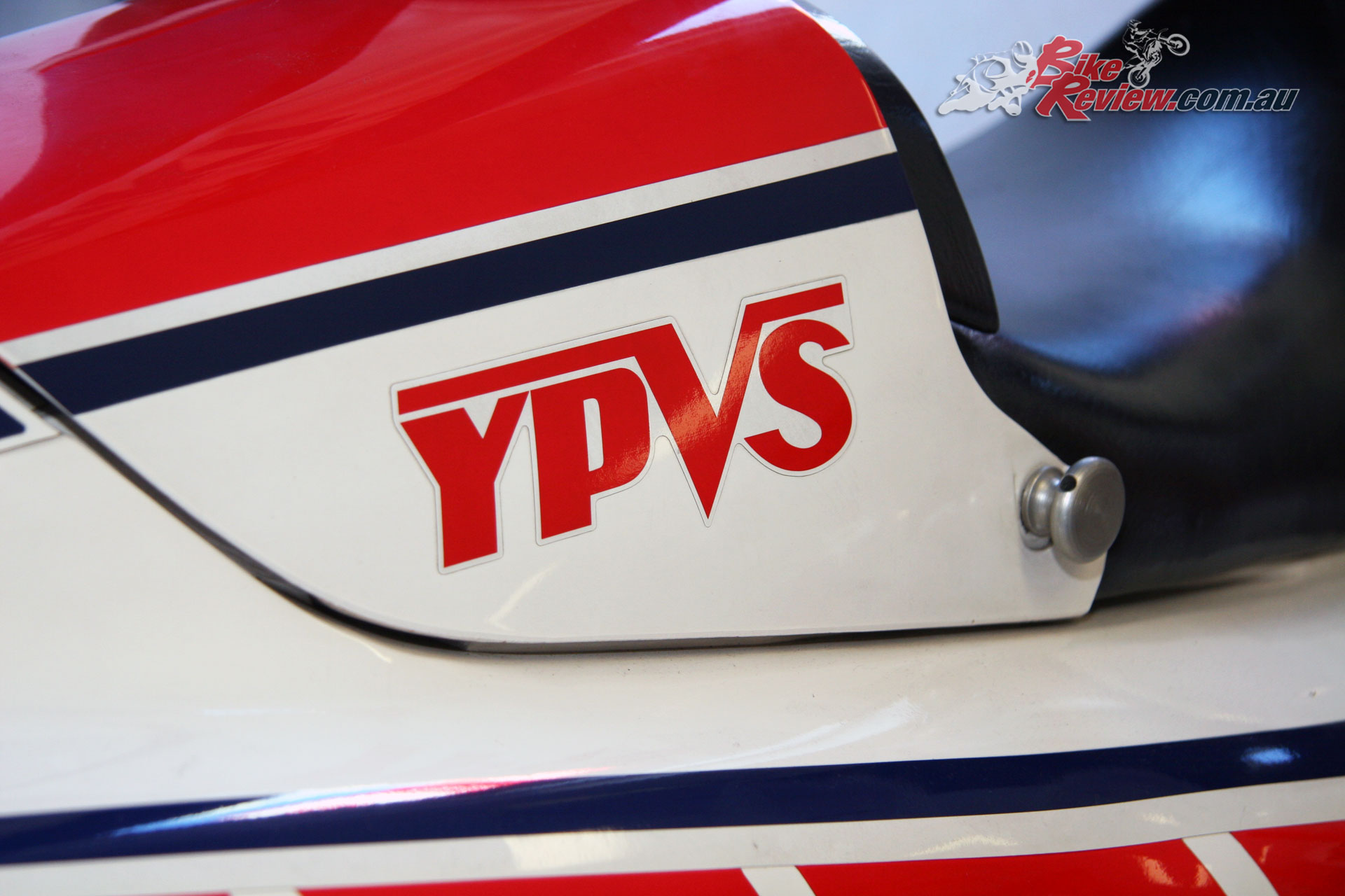 Yamaha chose to go with reed valve induction and a YPVS powervalve system to broaden the powerband of the RZ500