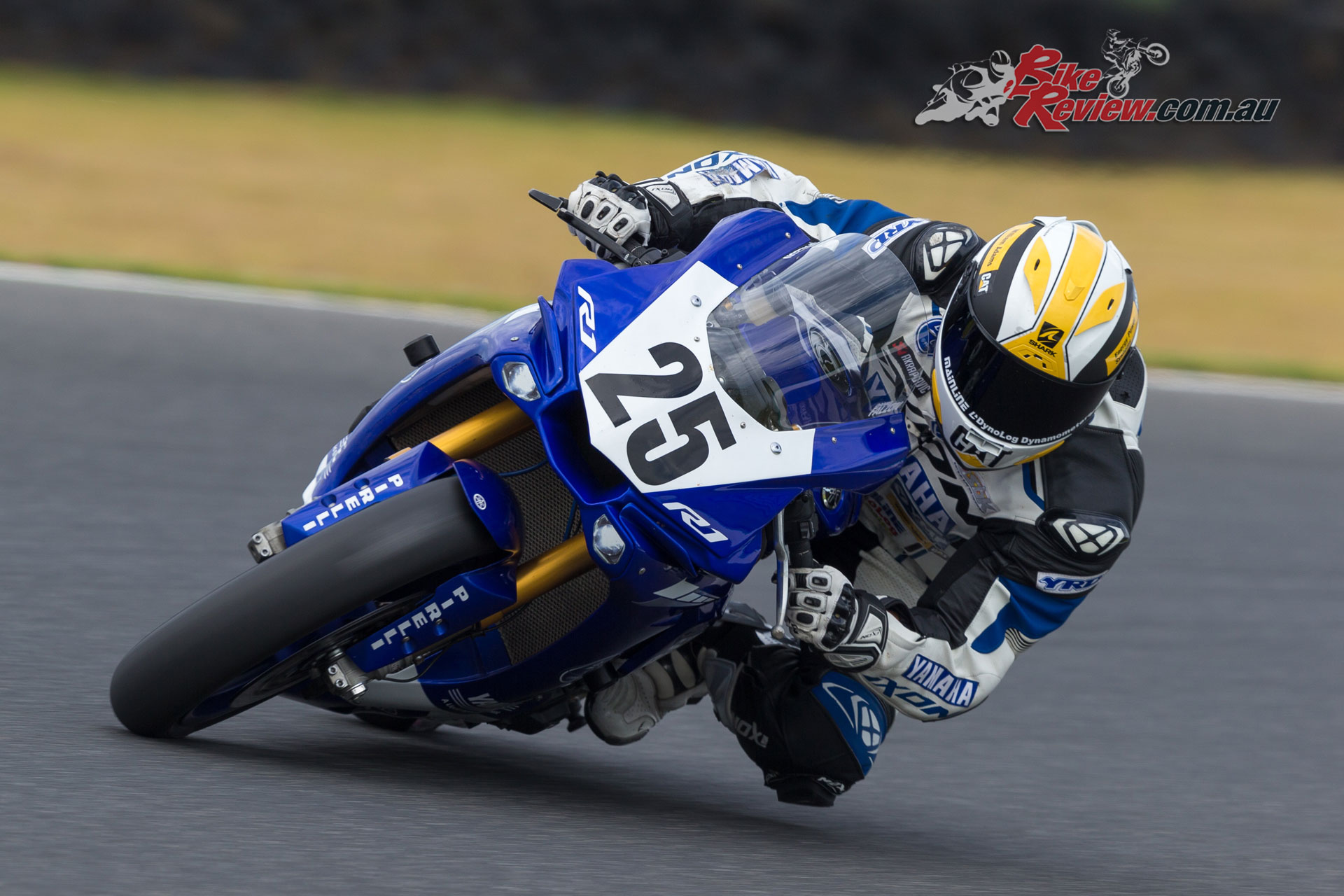 Wayne Maxwell - Image by TBG Sport