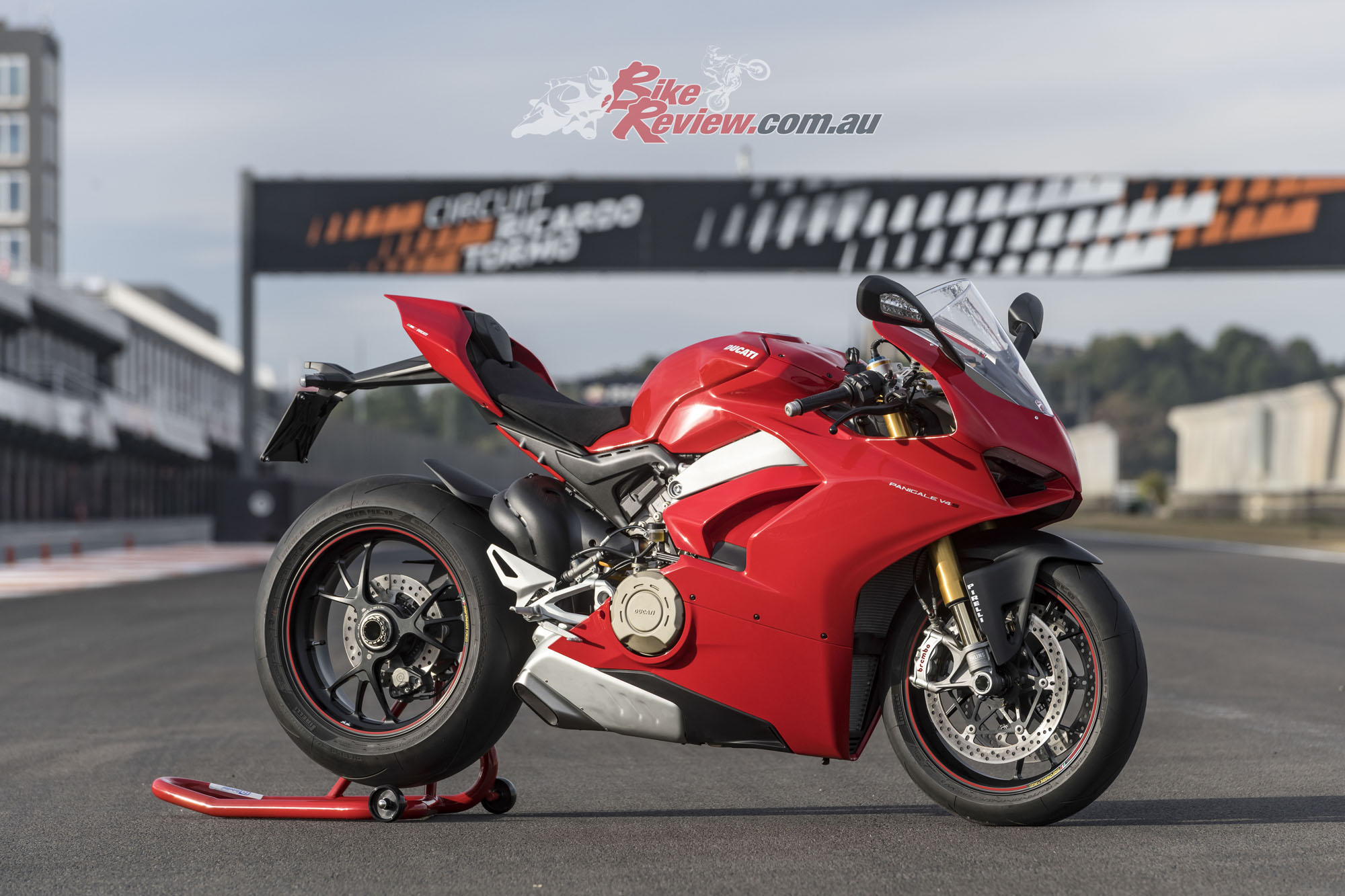 World Launch: Ducati Panigale V4 S First Ride! - Bike Review