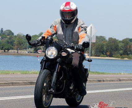 2018-Ducati-Scrambler-Cafe-Racer-2142
