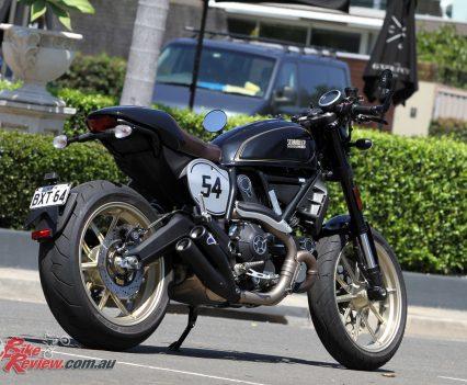 2018-Ducati-Scrambler-Cafe-Racer-2477