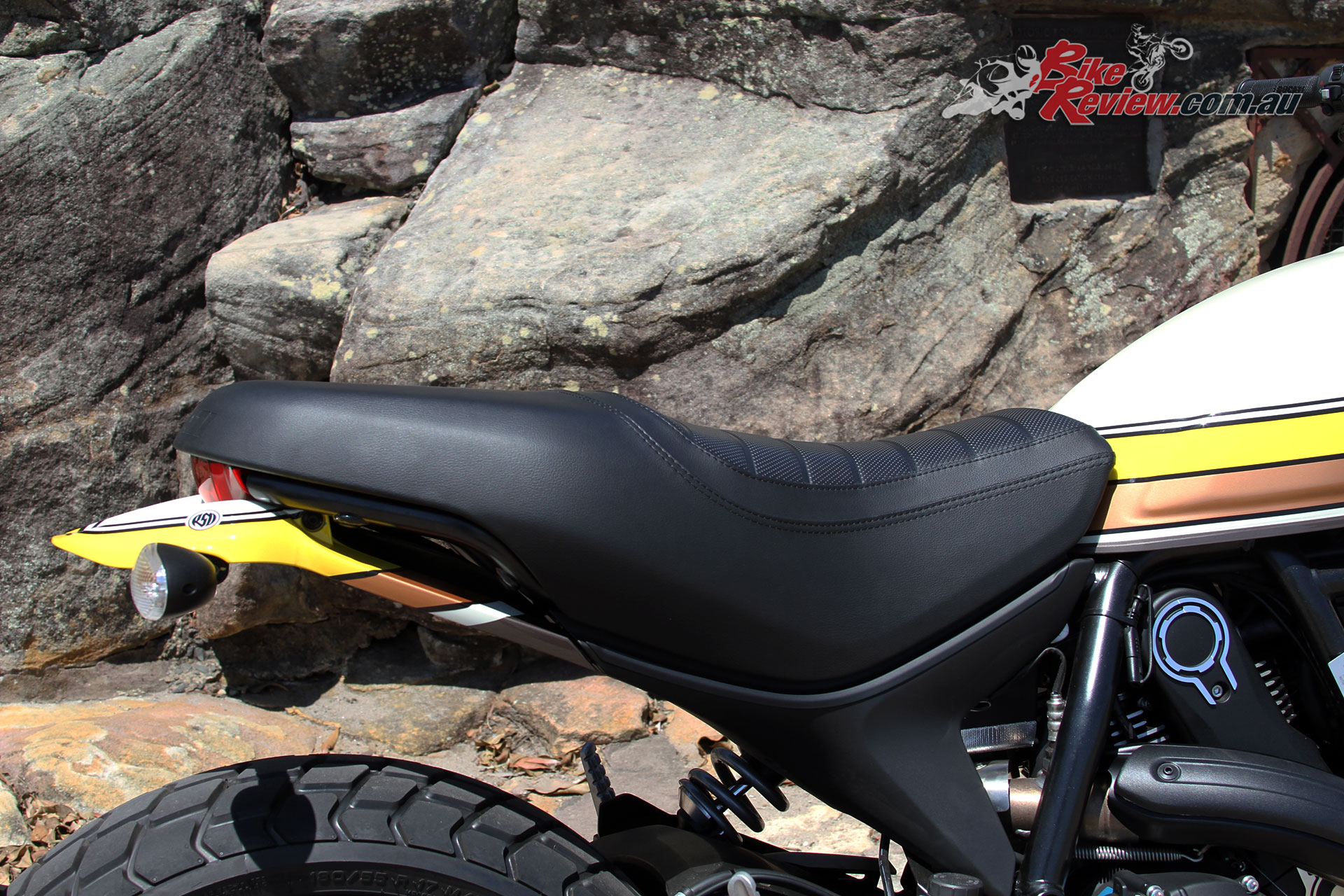 A 790mm seat height will offer easy reach to the ground for more riders