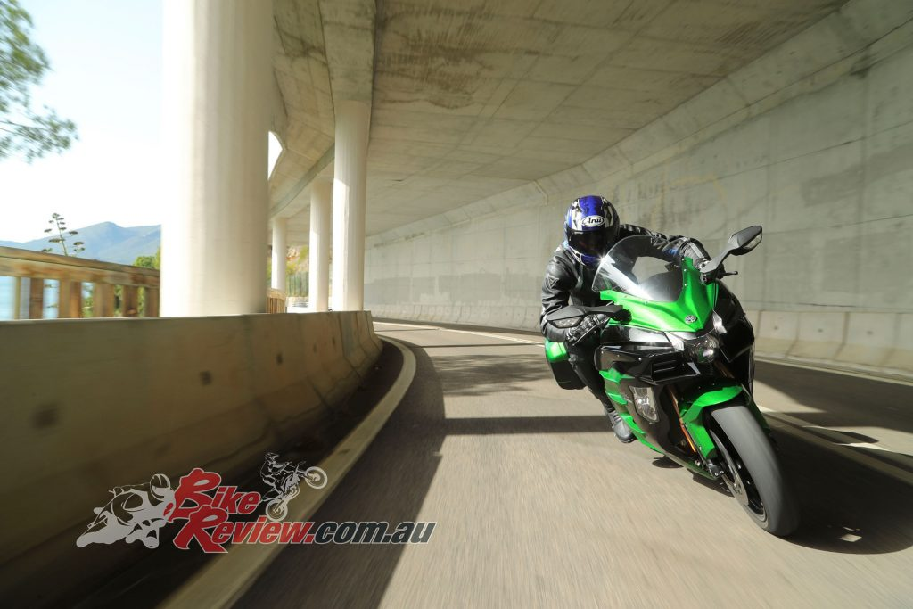 2018 Kawasaki H2 SX SE World Launch BikeReview (53)