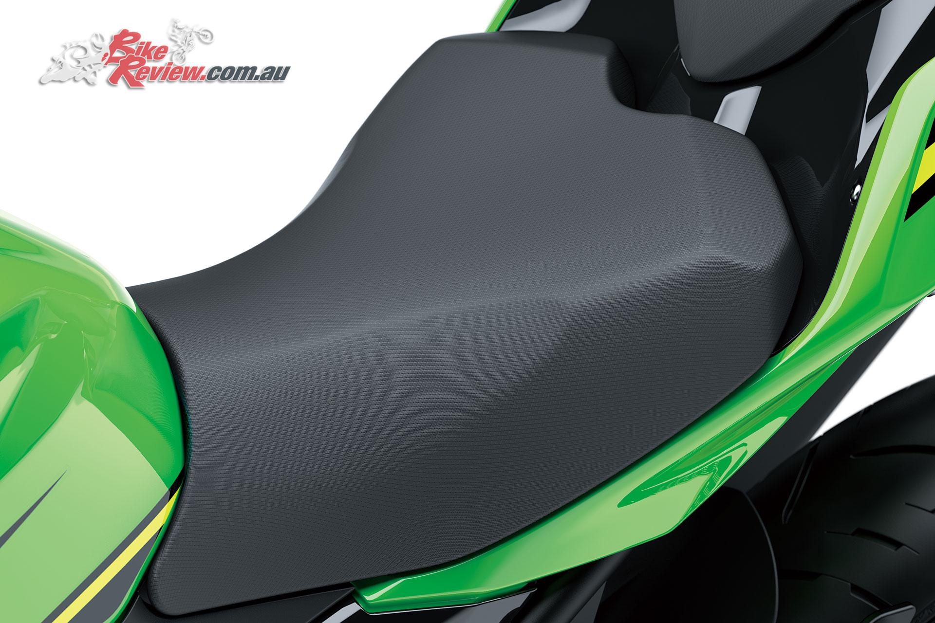 2018-Kawasaki-Ninja-400-LAMS-Bike-Review-EX400G-19