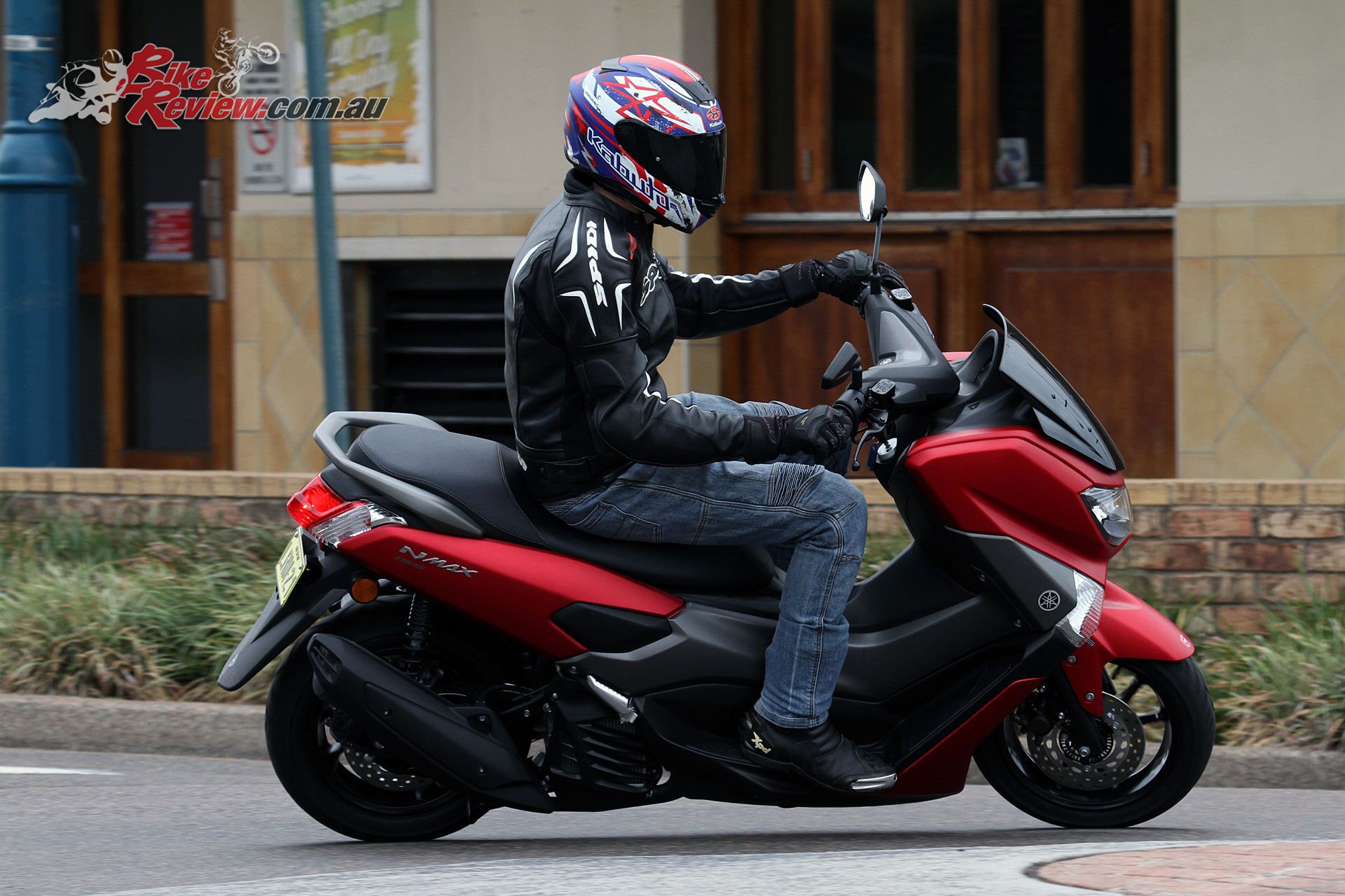 review 2018 yamaha nmax 155 scooter bike review. Black Bedroom Furniture Sets. Home Design Ideas