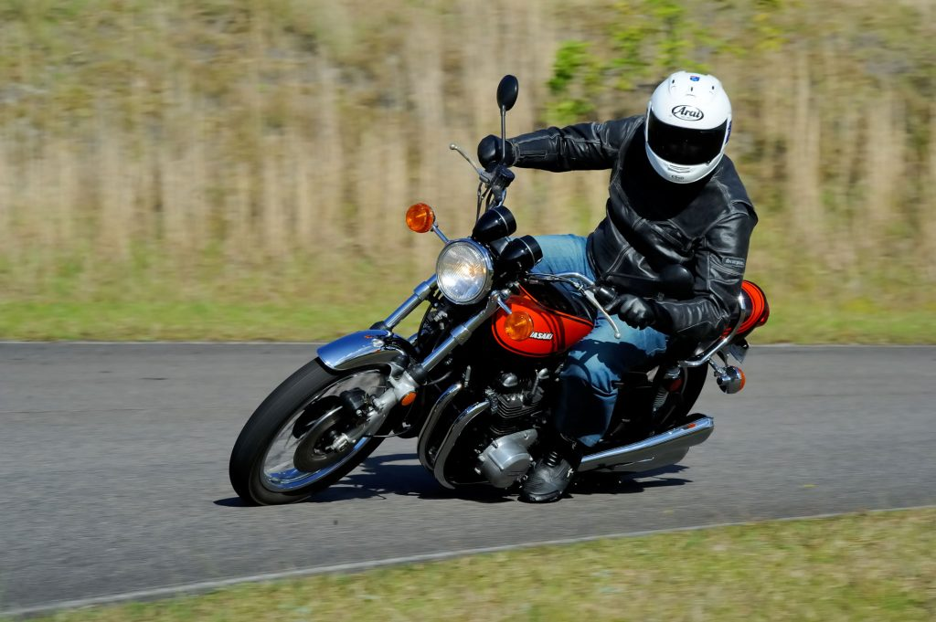 BikeReview Kawasaki Z9 Jaffa (4)