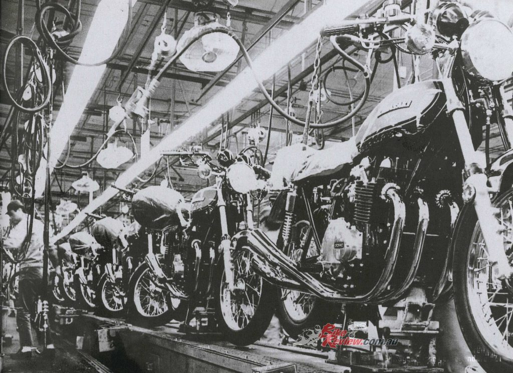 BikeReview Z1 History Production Z900 (11)