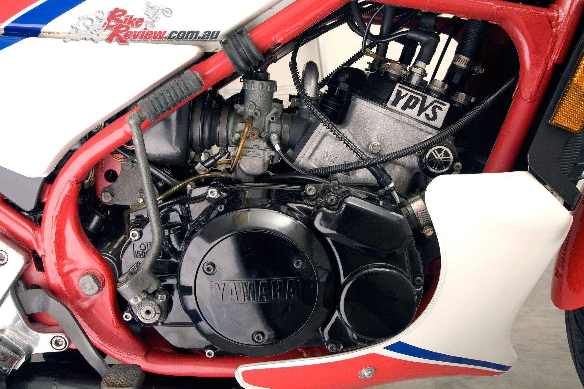 Significantly the RZ350 included Yamaha's 'Yamaha Power Valve System' or YPVS