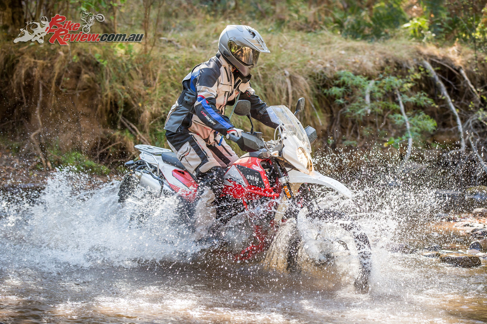With it's enduro heritage the Superdual X is also happy tackling the toughest challenges