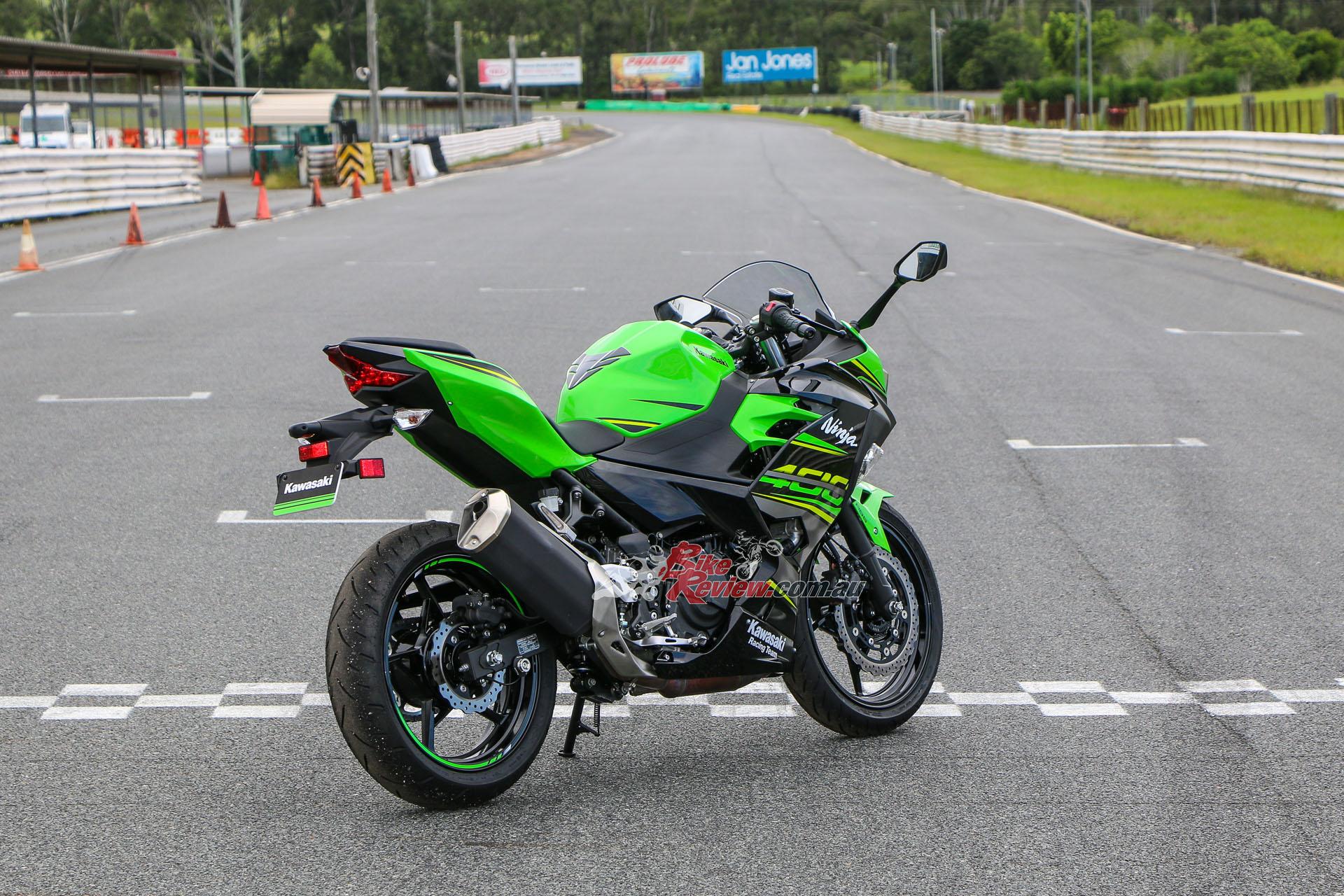 Review 2018 Kawasaki Ninja 400 Australian Track Launch Bike Review