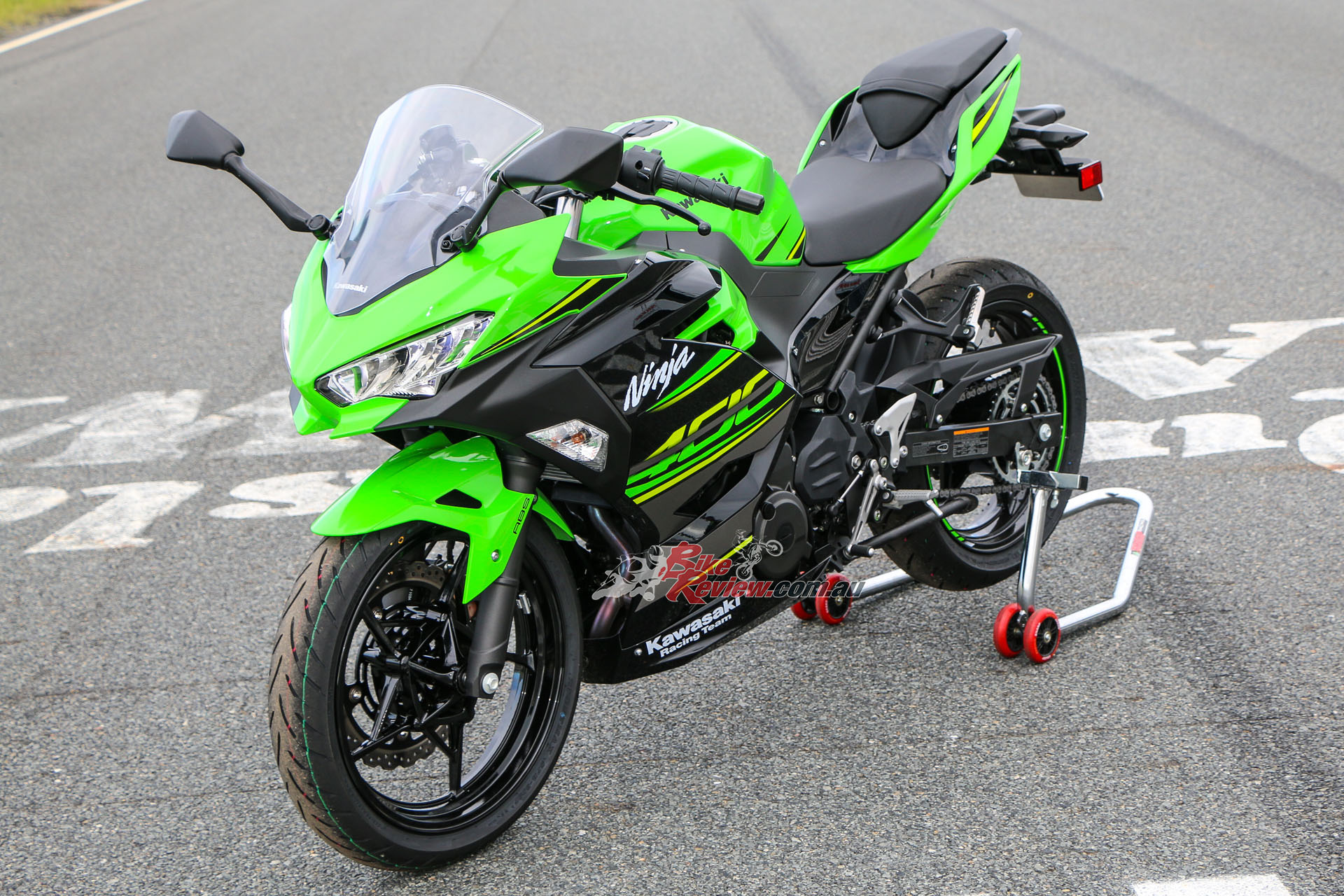 Review 2018 Kawasaki Ninja 400 Australian Track Launch Bike Review