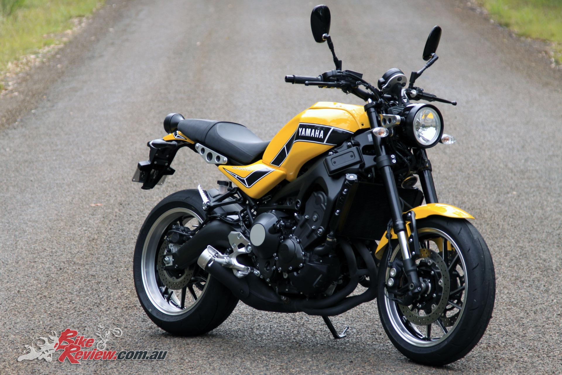 Yamaha XSR900 'Kenny Roberts RD900LC'