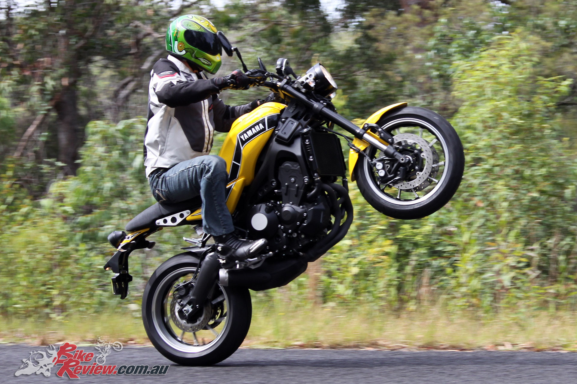 There's no questioning the XSR900's mumbo, even in B-mode!