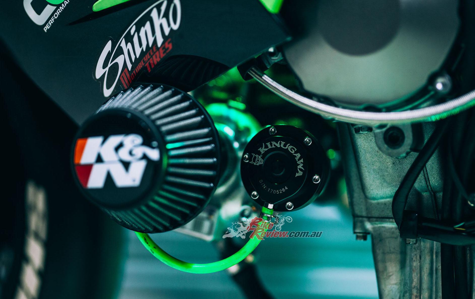 BikeReview Berserk Turbo JB Stunts ZX 636 (9)