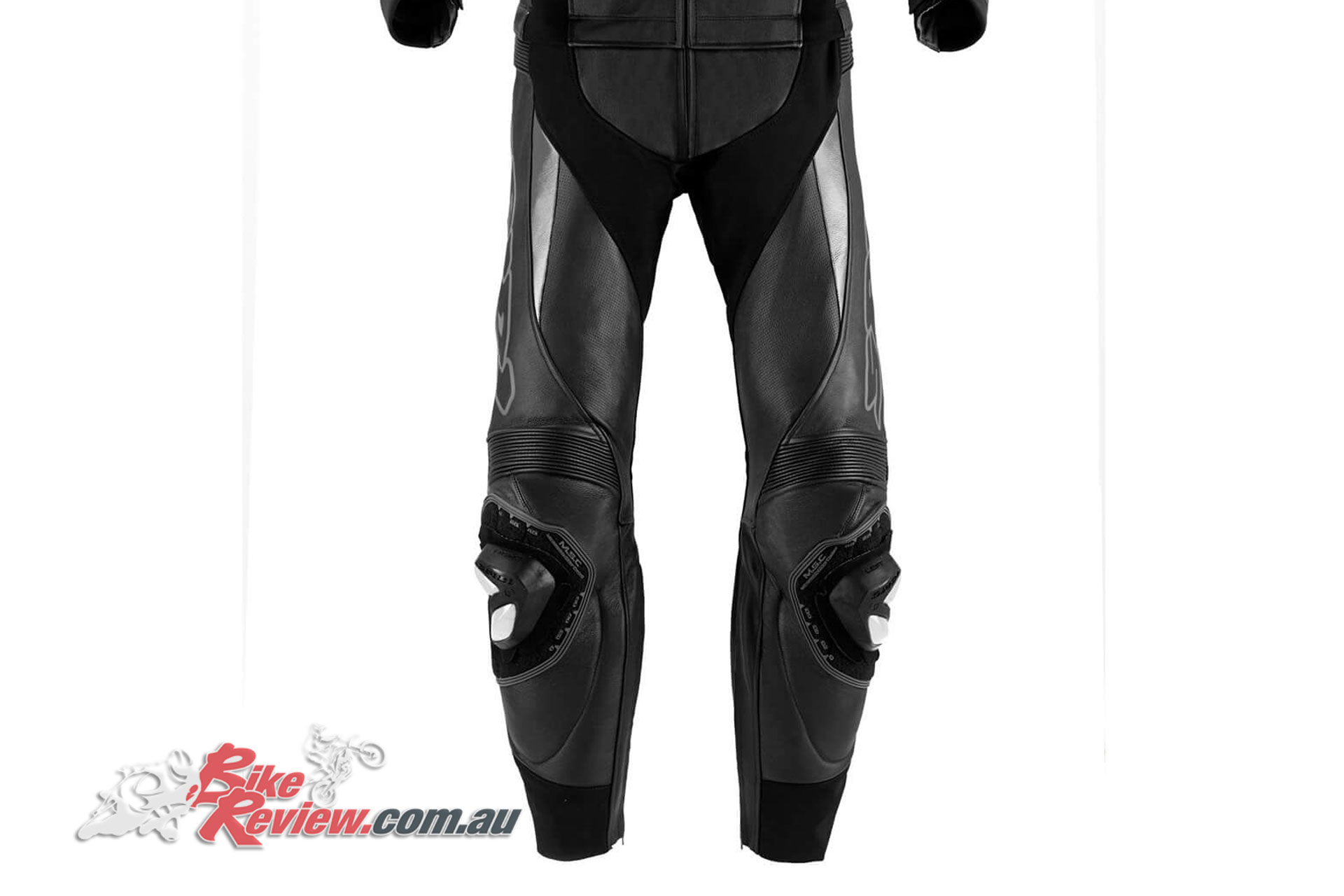 Pants feature hip and knee armour, with stretch panels ensuring a good fit