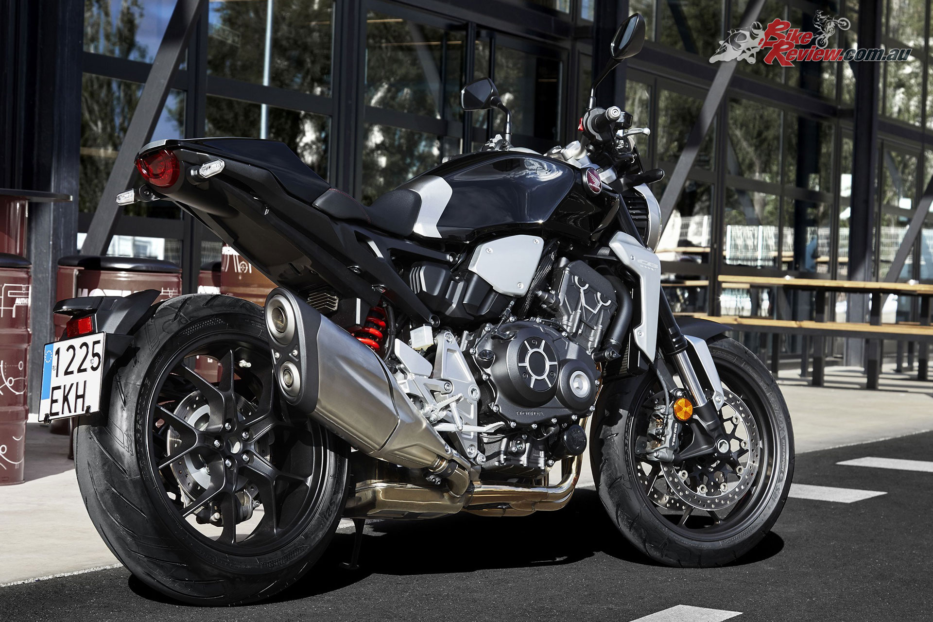 honda announce cb1000r pricing availability bike review. Black Bedroom Furniture Sets. Home Design Ideas