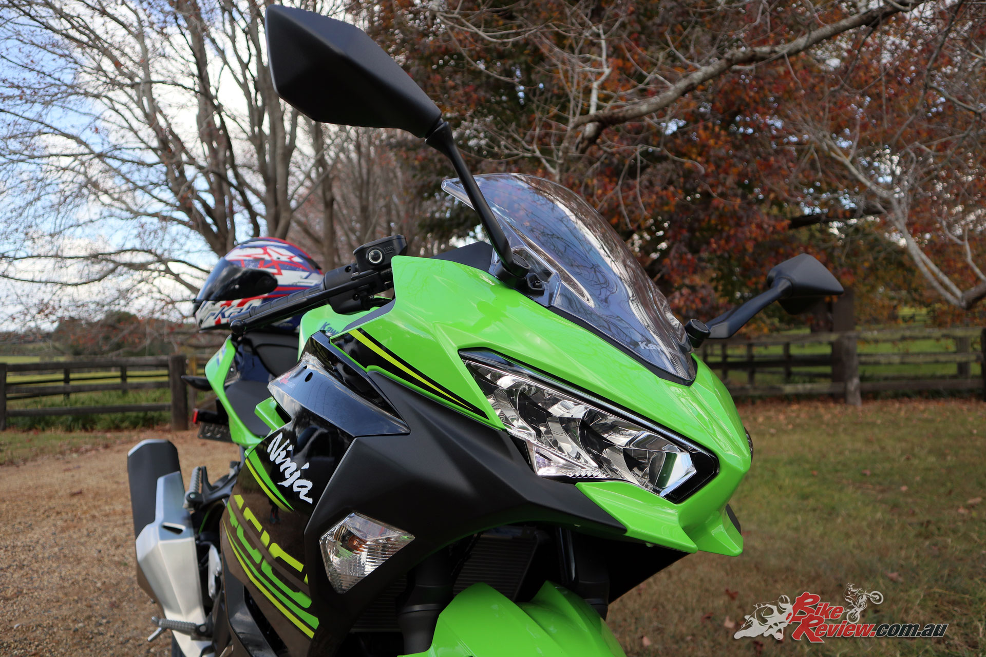 There's very little to criticise really, the Ninja 400 is a great little machine