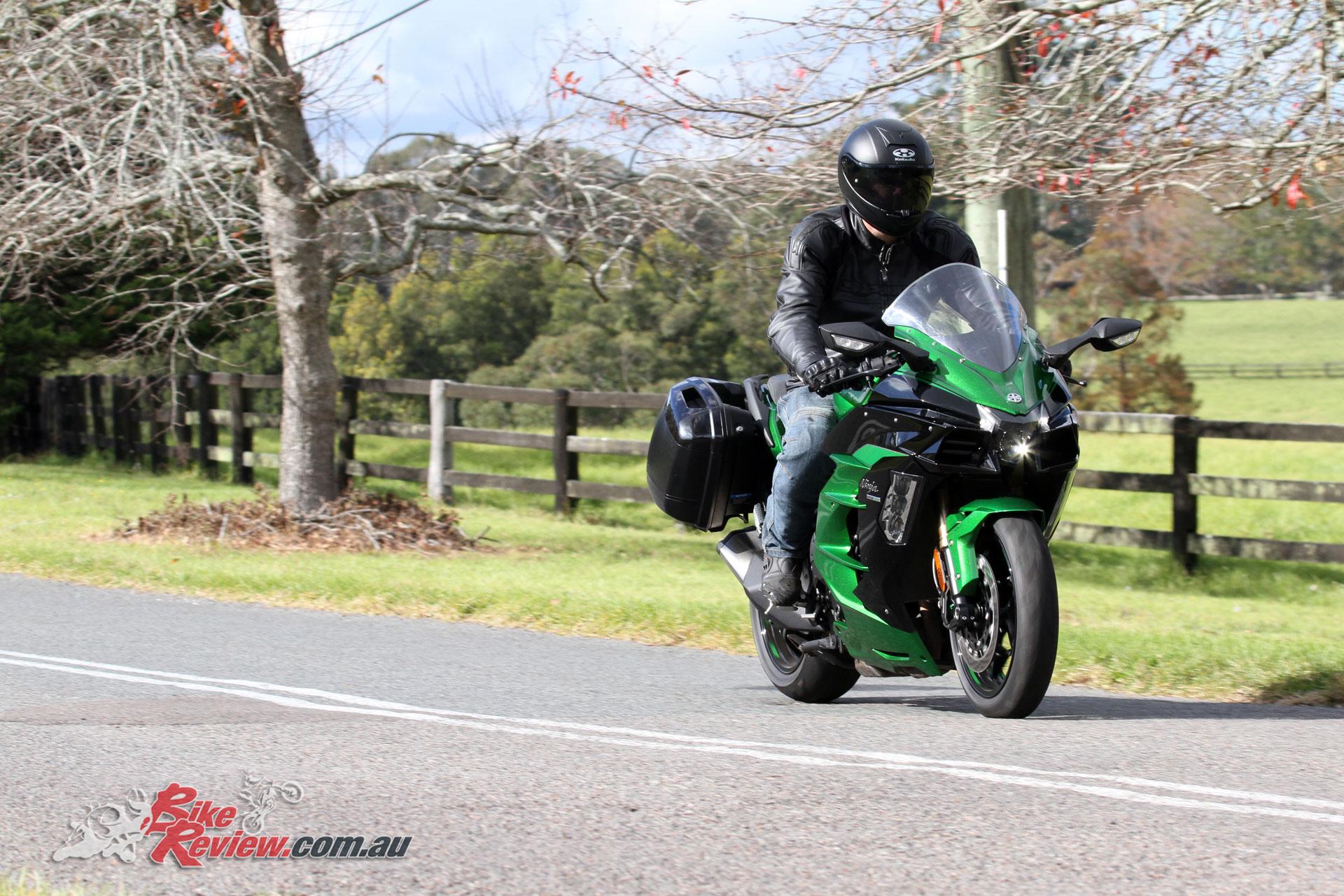 Video Review: 2018 Kawasaki Ninja H2 SX SE - Bike Review