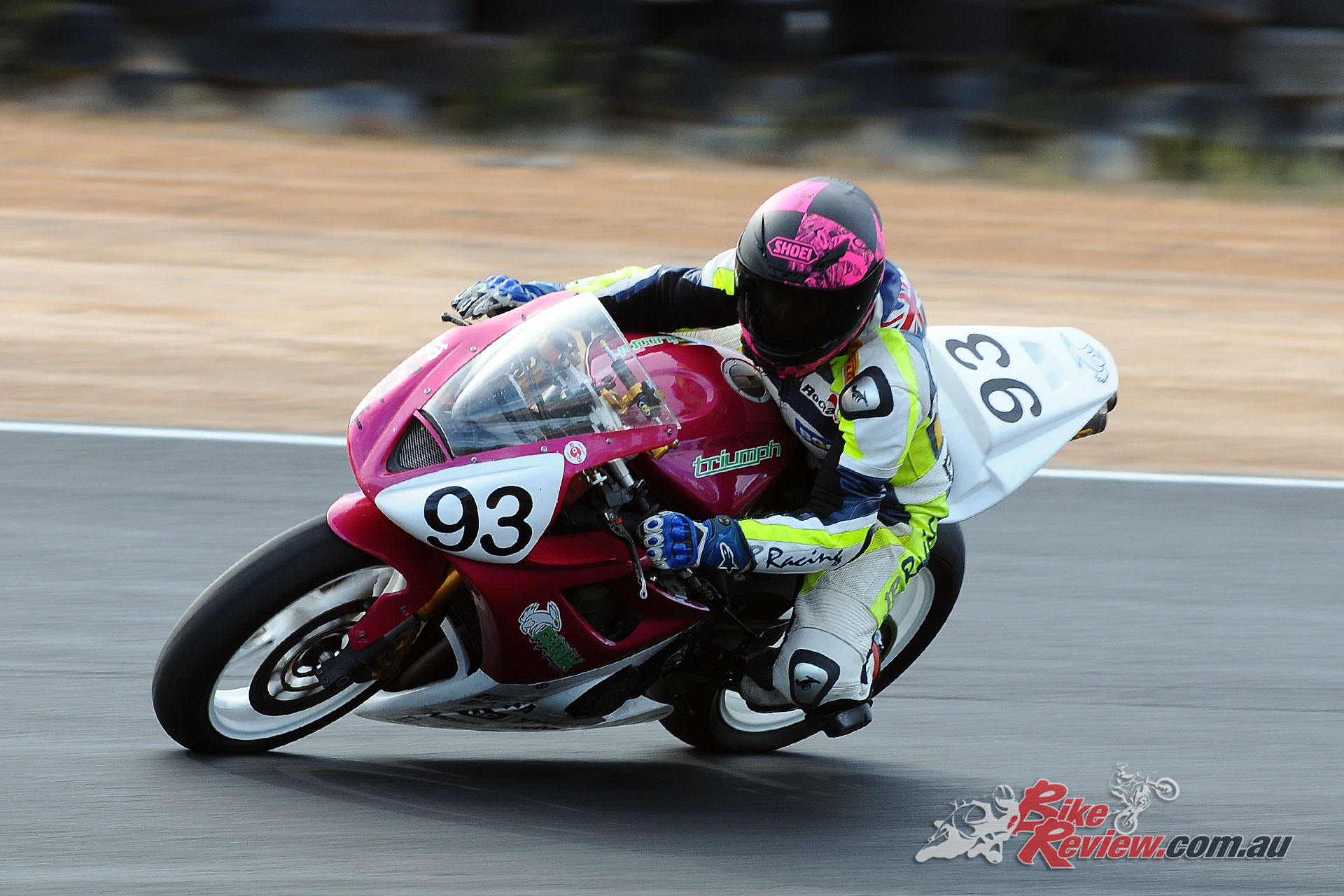 Jessica Boujos on her Triumph 675 in the Clubman class