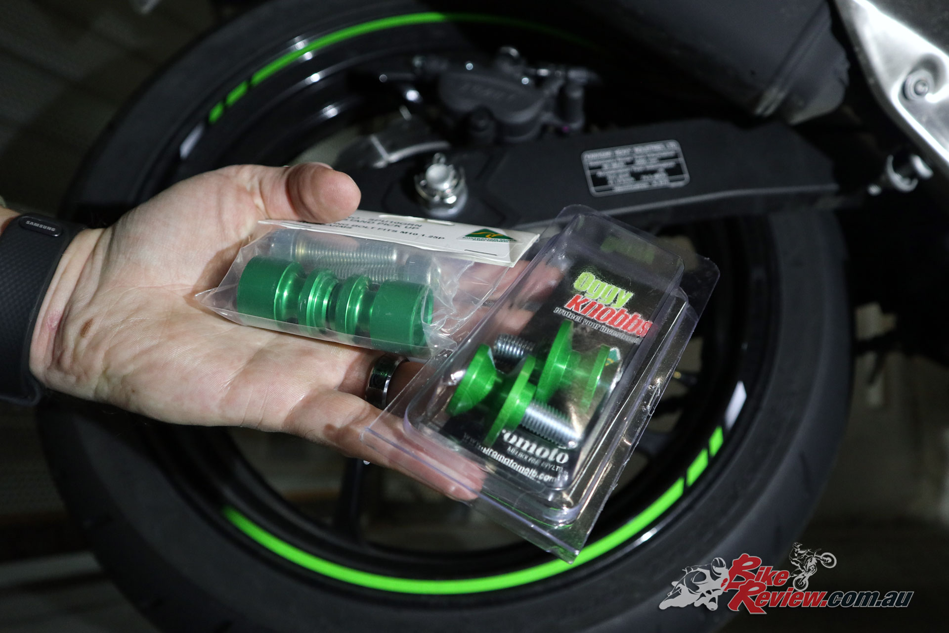 Our first attempt at pick-up spools was a no-go, with both the sets we thought might fit using M10 bolts, as suited the previous Ninja 300. The Ninja 400 needs M8 bolts.