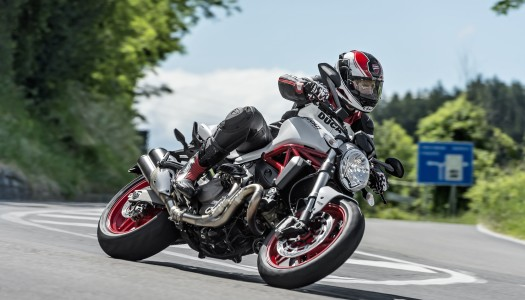 Review: 2015 Ducati Monster 821