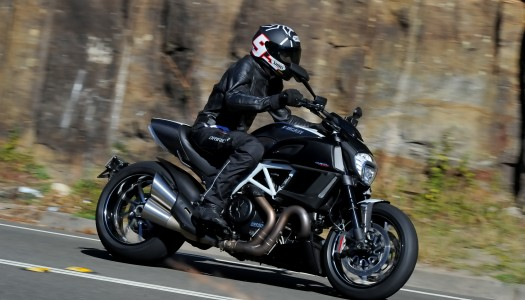 Review: 2014 Ducati Diavel Carbon