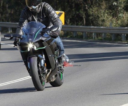 Bike Review H2 Kawasaki20150730_0123