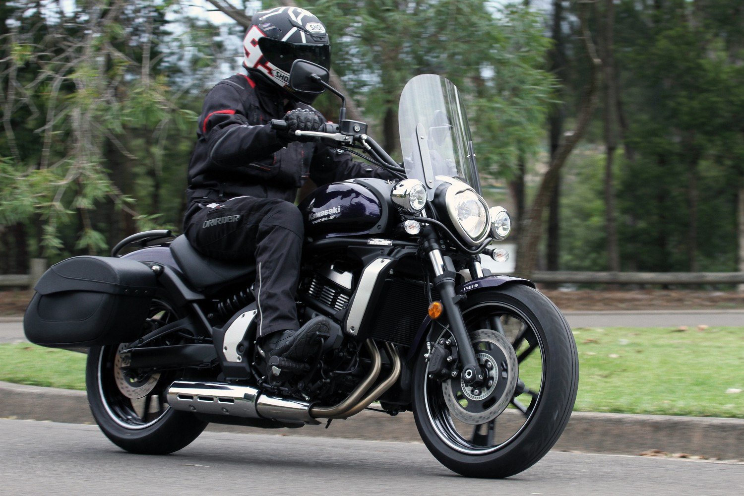 Review: 2015 Kawasaki Vulcan S LAMS - Bike Review