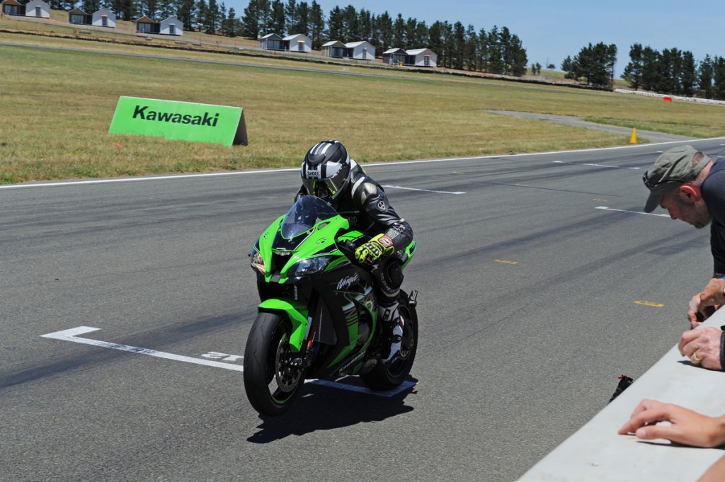 2016 Kawasaki ZX-10R World Launch - Wakefield Park - Launch Control