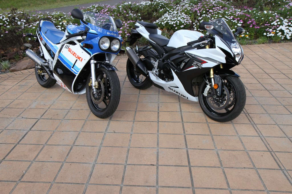 20-years apart. Jeff had a 1985 GSX-R750 and a 2015 GSX-R750...
