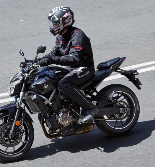 DriRider-GS-Speed-2-Pants-on-MT-07-BikeReview