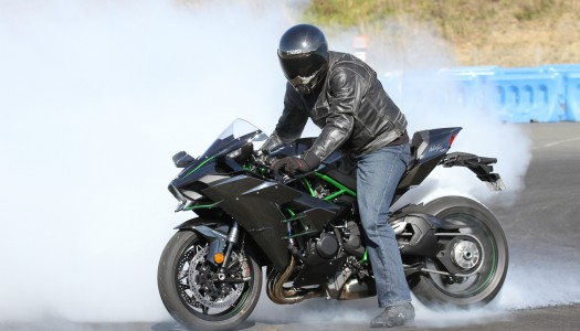 Review: 2016 Kawasaki Ninja H2 – Street, Track, Drags