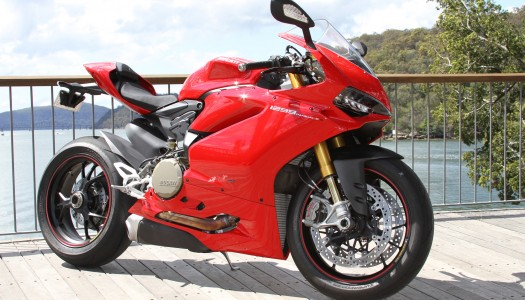 Review: 2015 Ducati Panigale 1299 S