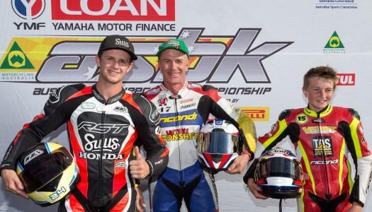 Barton and Houghton take a Moto3/125GP race win each