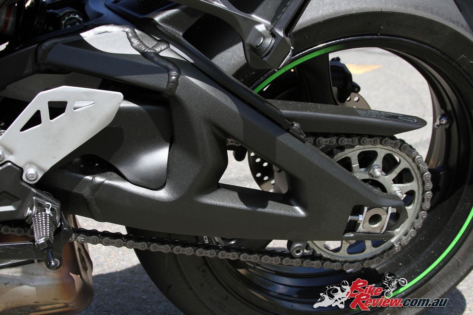 Review: 2016 Kawasaki Ninja ZX-10R Road Test - Bike Review