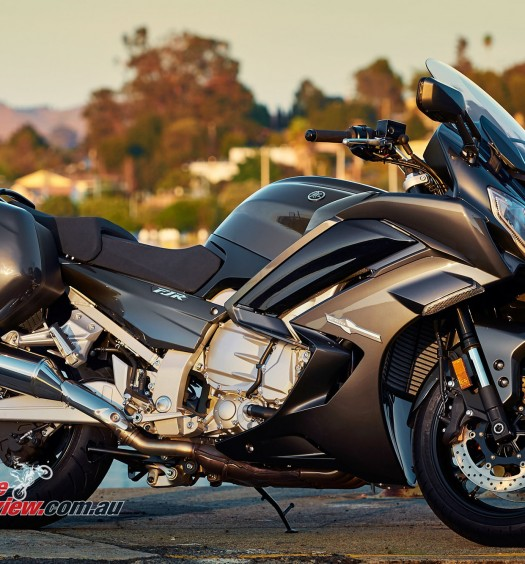 Bike Review Yamaha FJR1300 (12) copy
