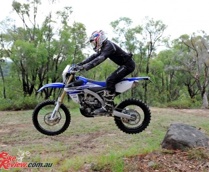 Bike Review 2016 Yamaha WR450F Actions (5)