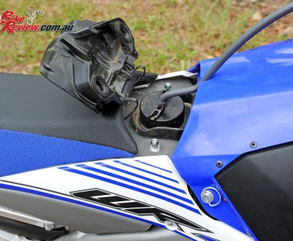 Bike Review 2016 Yamaha WR450F Details (7)