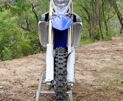 Bike Review 2016 Yamaha WR450F Statics (2)