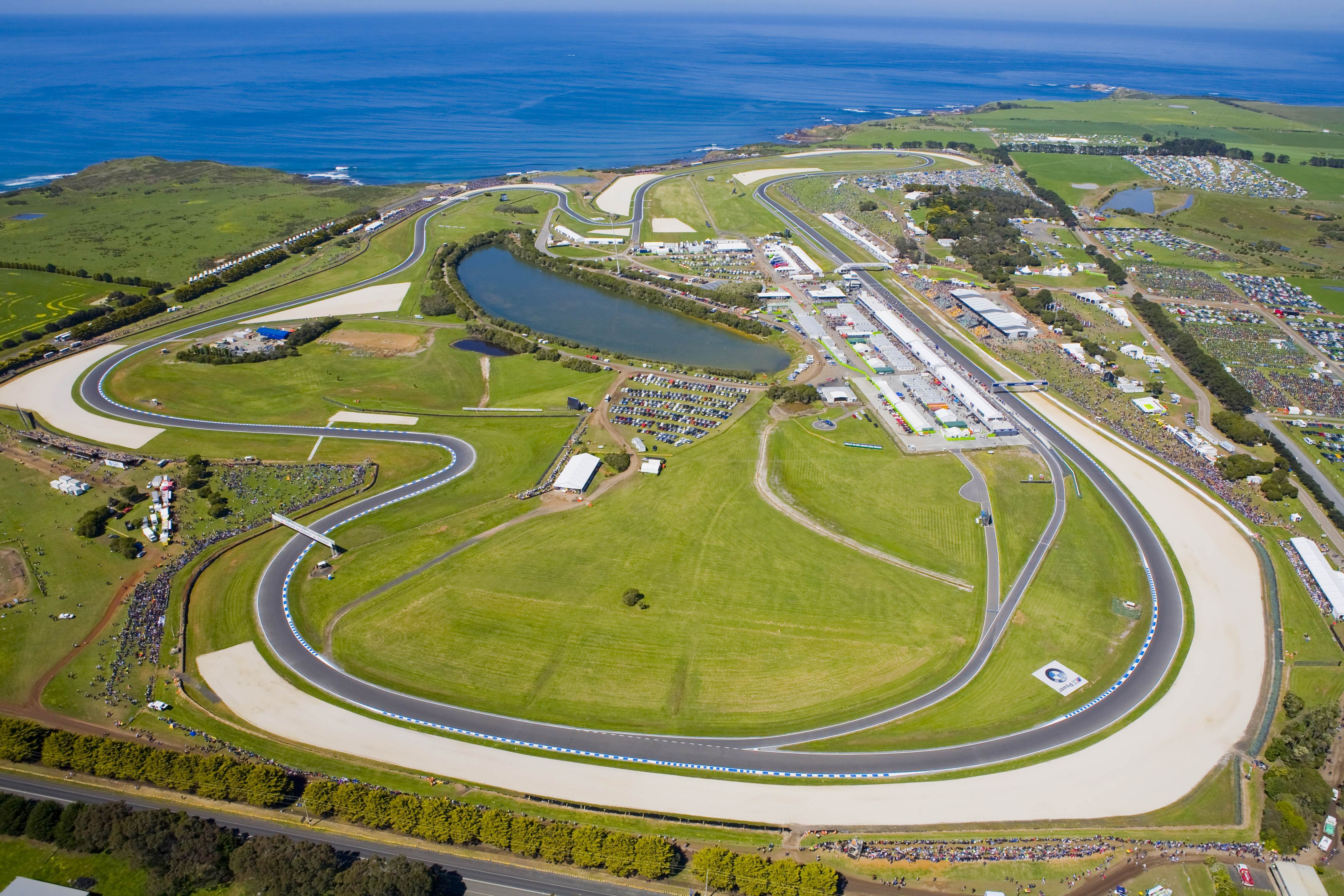 Dorna Sports ensures racing at Phillip Island for next ten years - Bike Review
