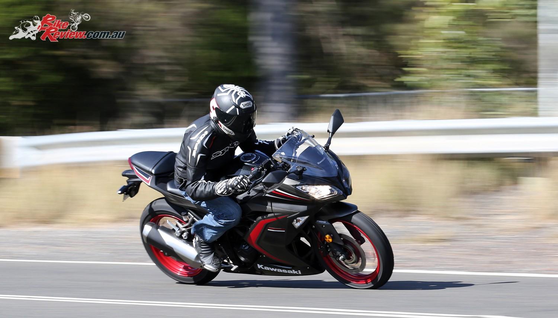 Kawasaki Ninja Basic Riding