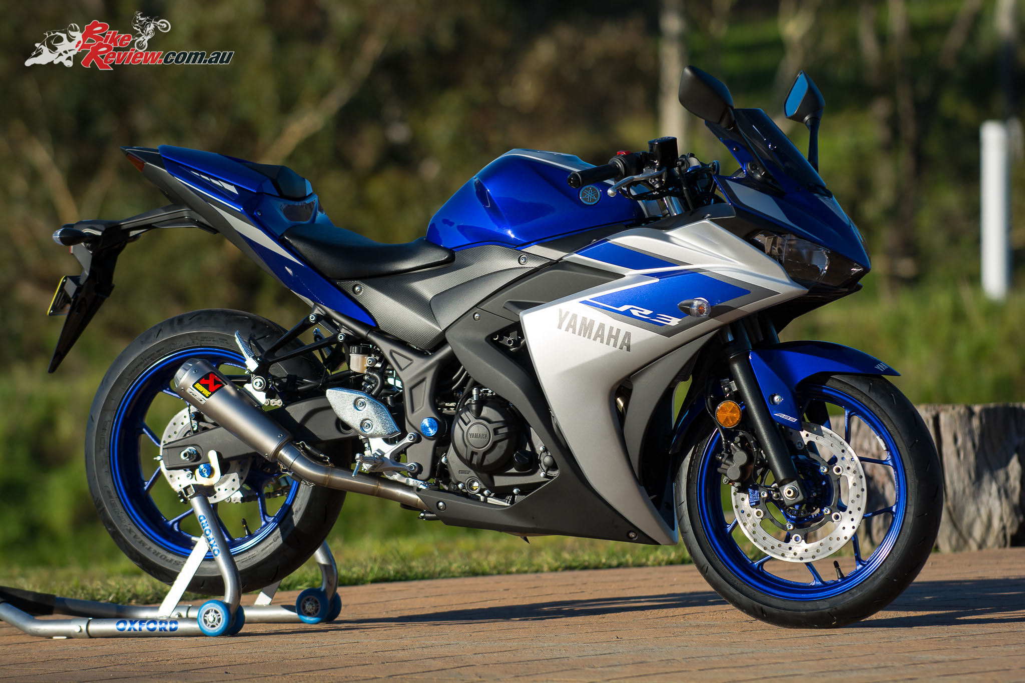 Yamaha R Review