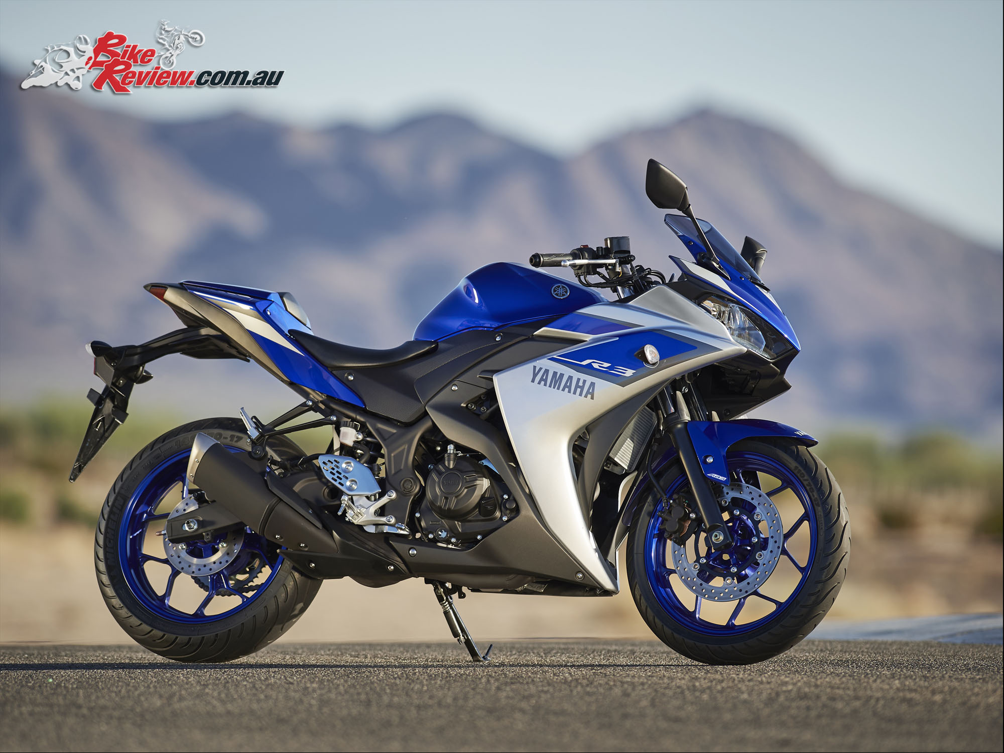 Yamaha r3 review