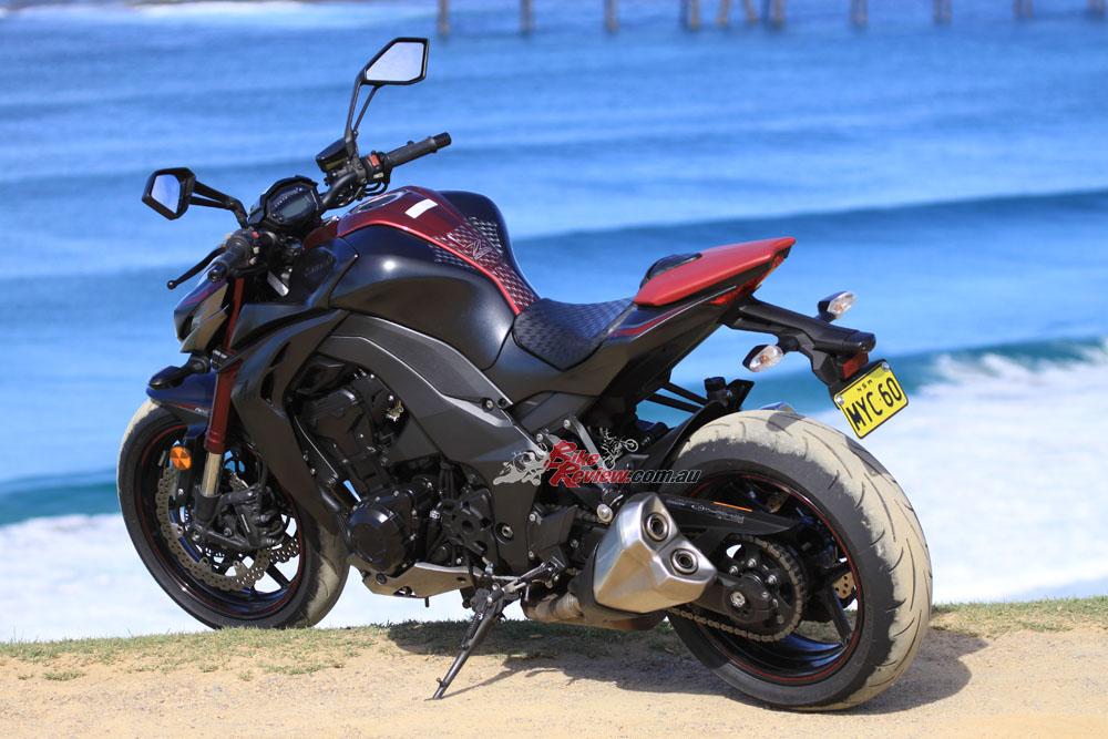 Review: 2016 Kawasaki Z1000 - Bike Review