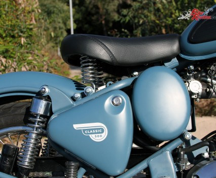 2016 Royal Enfield Classic 500 Bike Review Details (14)