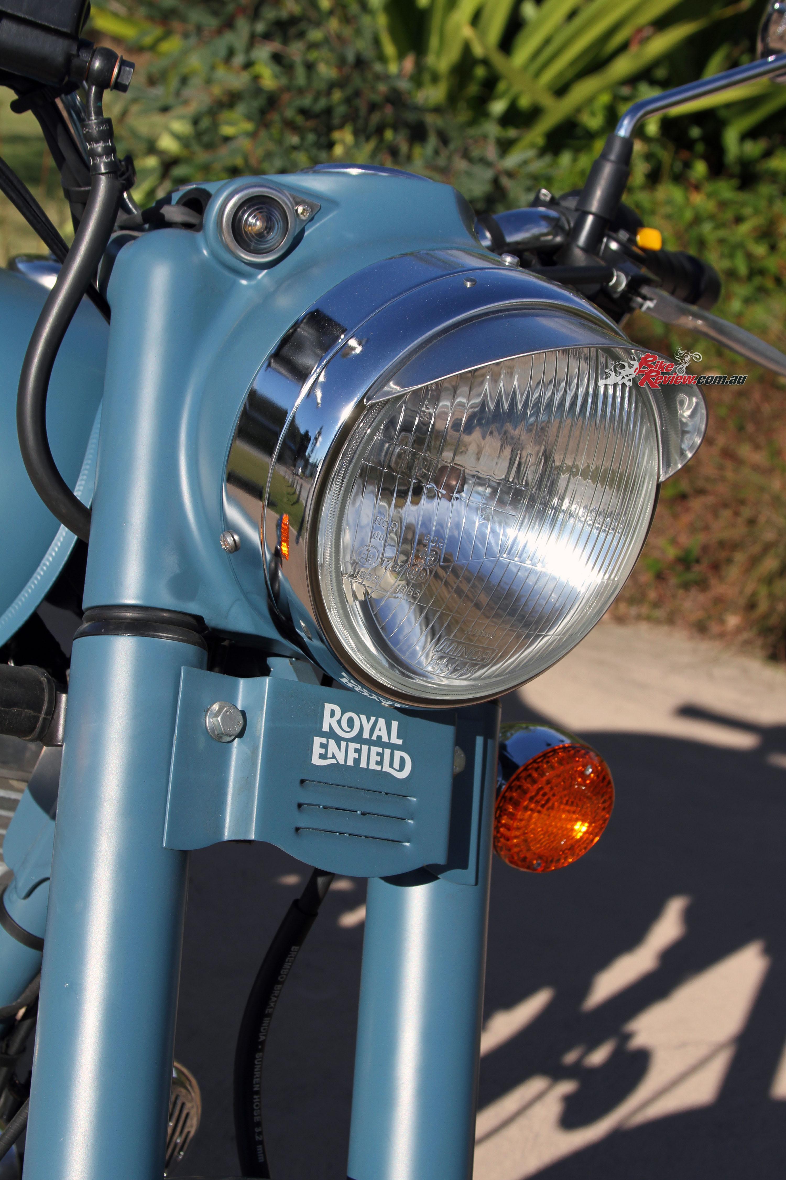 Review 2016 Royal Enfield Classic Squadron Blue Bike Review