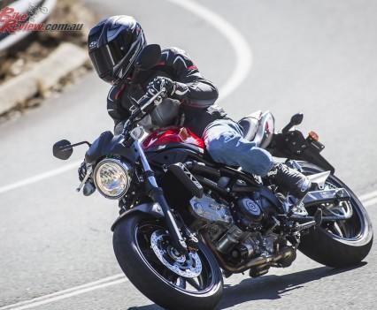 2016 Suzuki SV650 LAMS Bike Review  Action (7)