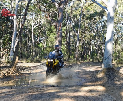 2016 Yamaha Super Tenere Actions (10)