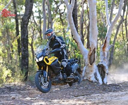 2016 Yamaha Super Tenere Actions (18)