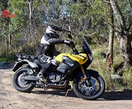 2016 Yamaha Super Tenere Actions (2)